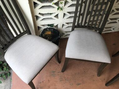 Before & After Upholstery Cleaning in Fort Lauderdale, FL (2)